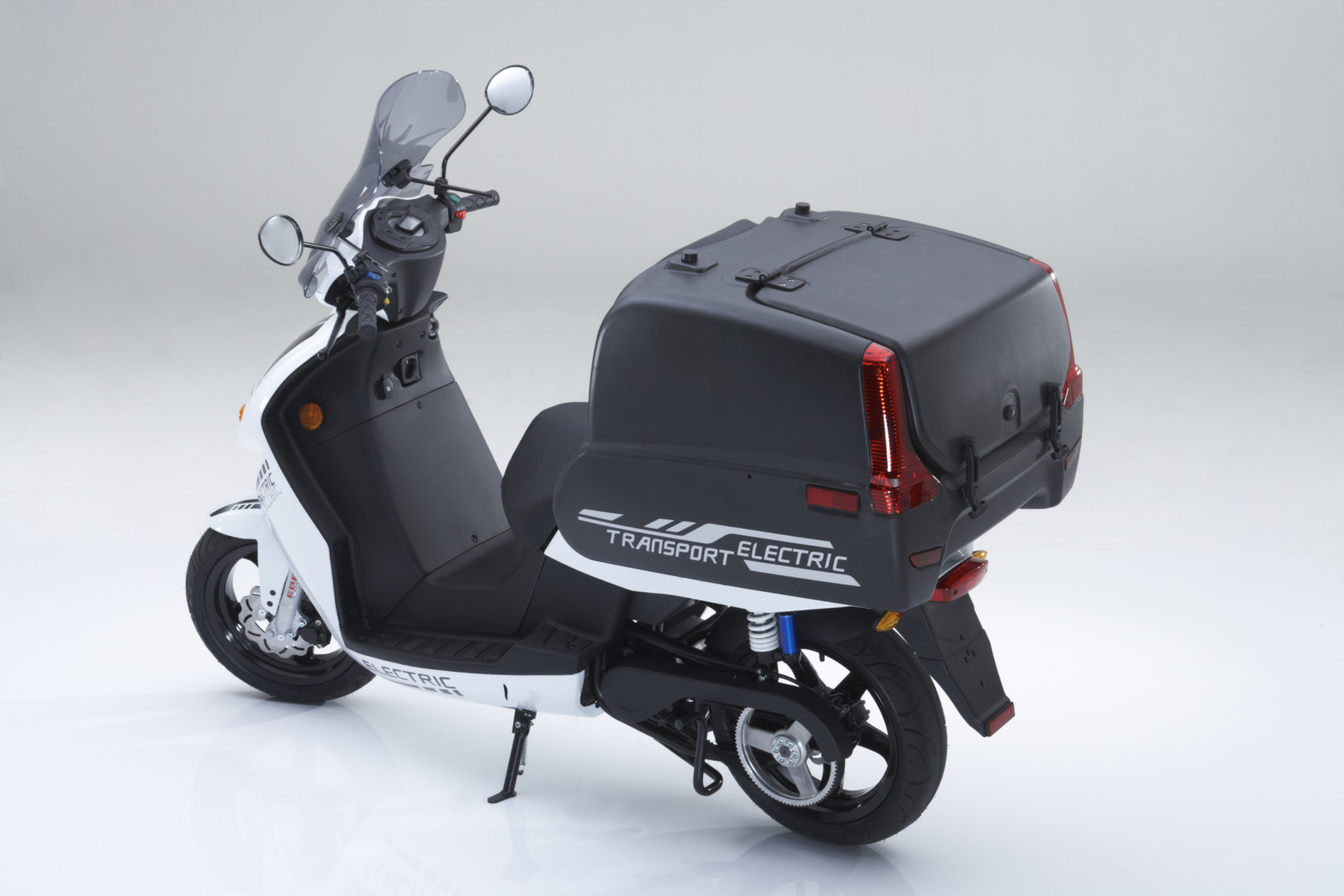 govecs go t2 4 elektrische scooters 2018. Black Bedroom Furniture Sets. Home Design Ideas