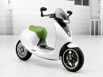 Mercedes Smart-E-Scooter